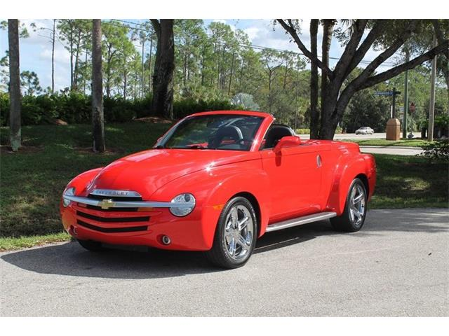 Picture of 2005 Chevrolet SSR located in Florida Offered by  - PGZI