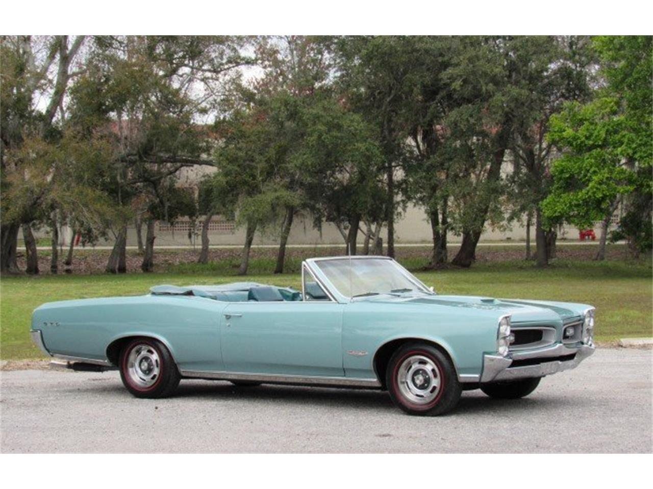 Large Picture of Classic 1966 Pontiac GTO located in Punta Gorda Florida Auction Vehicle - PH0Z
