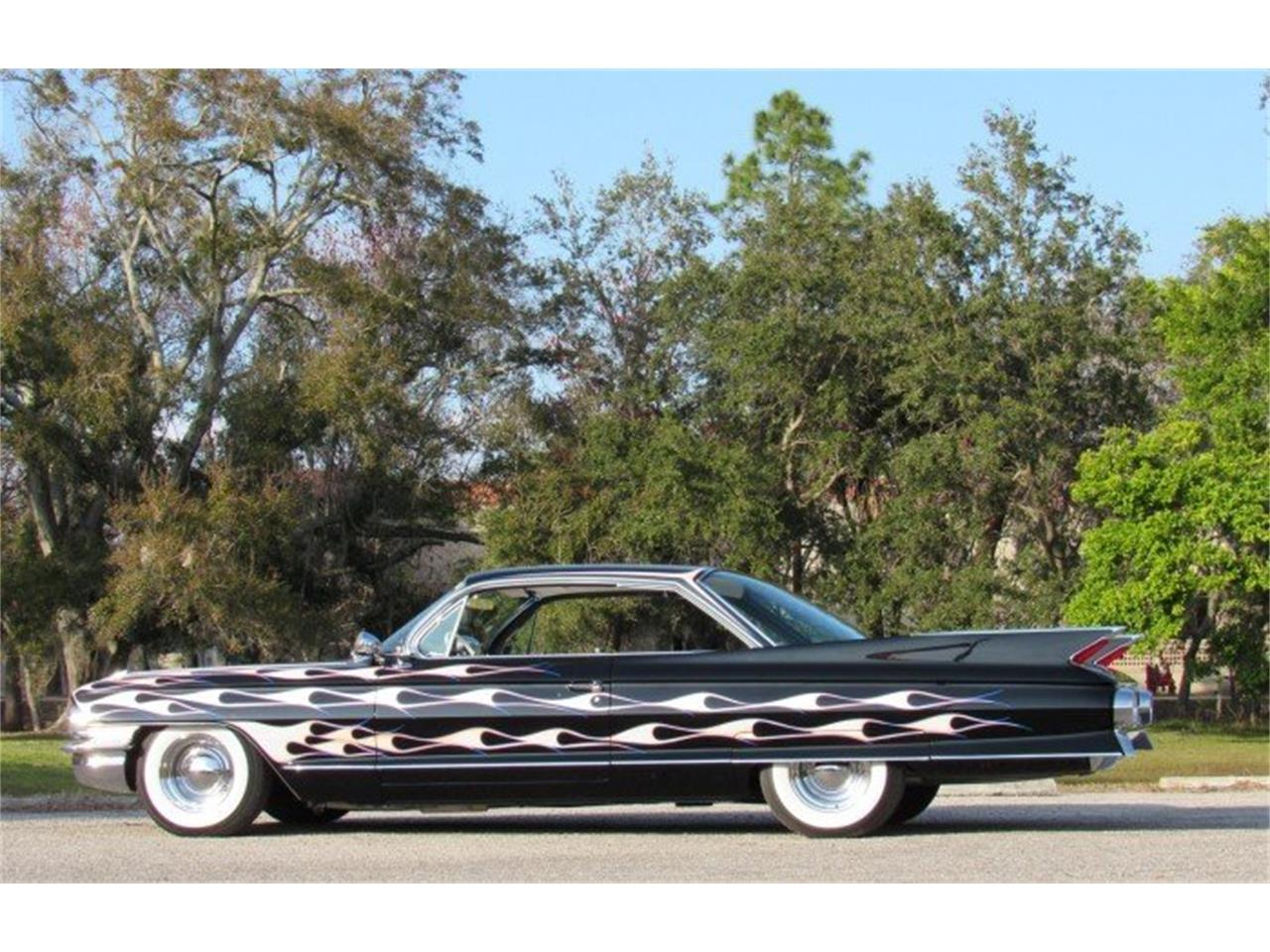 Large Picture of Classic 1961 Cadillac Series 62 Auction Vehicle Offered by Premier Auction Group - PH11