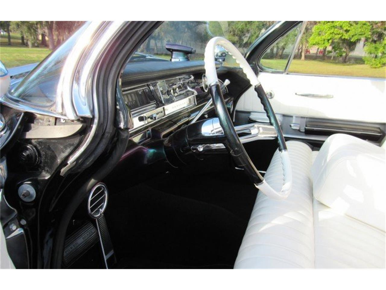 Large Picture of Classic 1961 Cadillac Series 62 - PH11