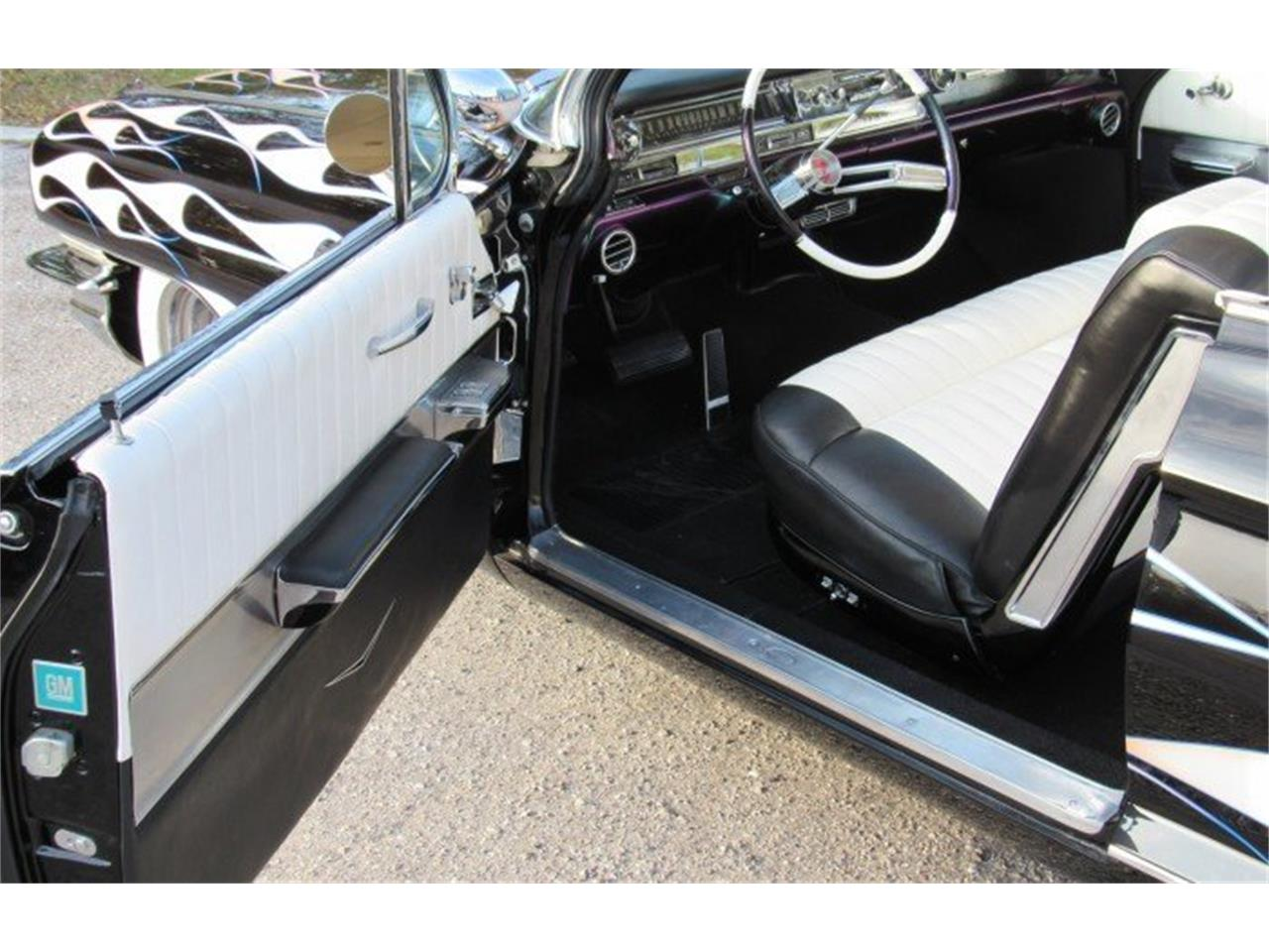 Large Picture of Classic '61 Cadillac Series 62 - PH11