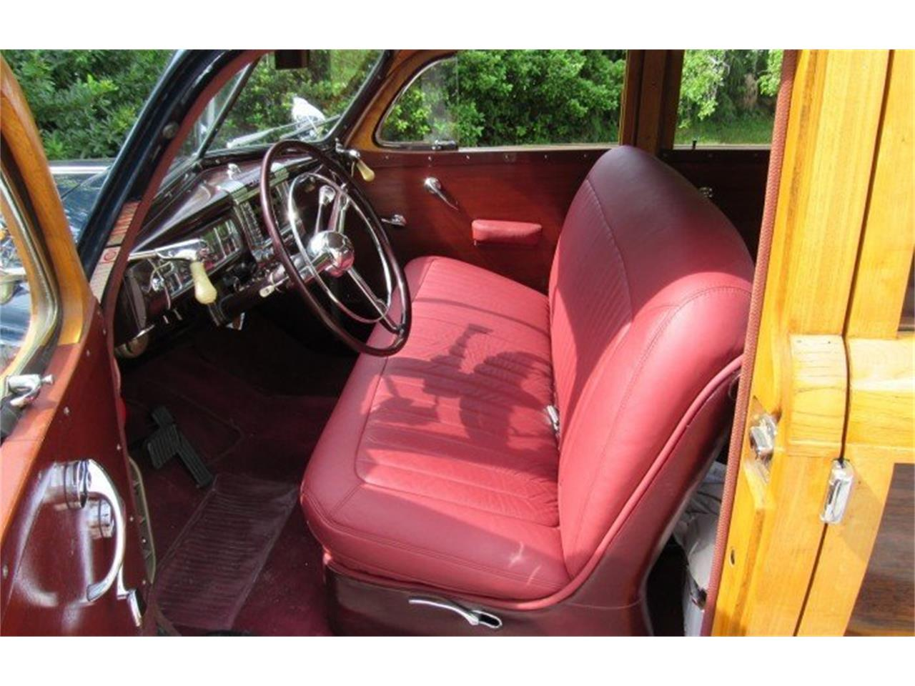 Large Picture of '48 Chrysler Town & Country Auction Vehicle - PH12