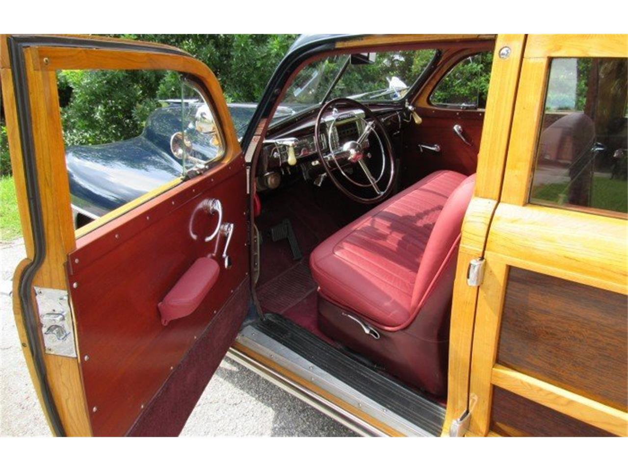 Large Picture of Classic '48 Chrysler Town & Country Auction Vehicle - PH12