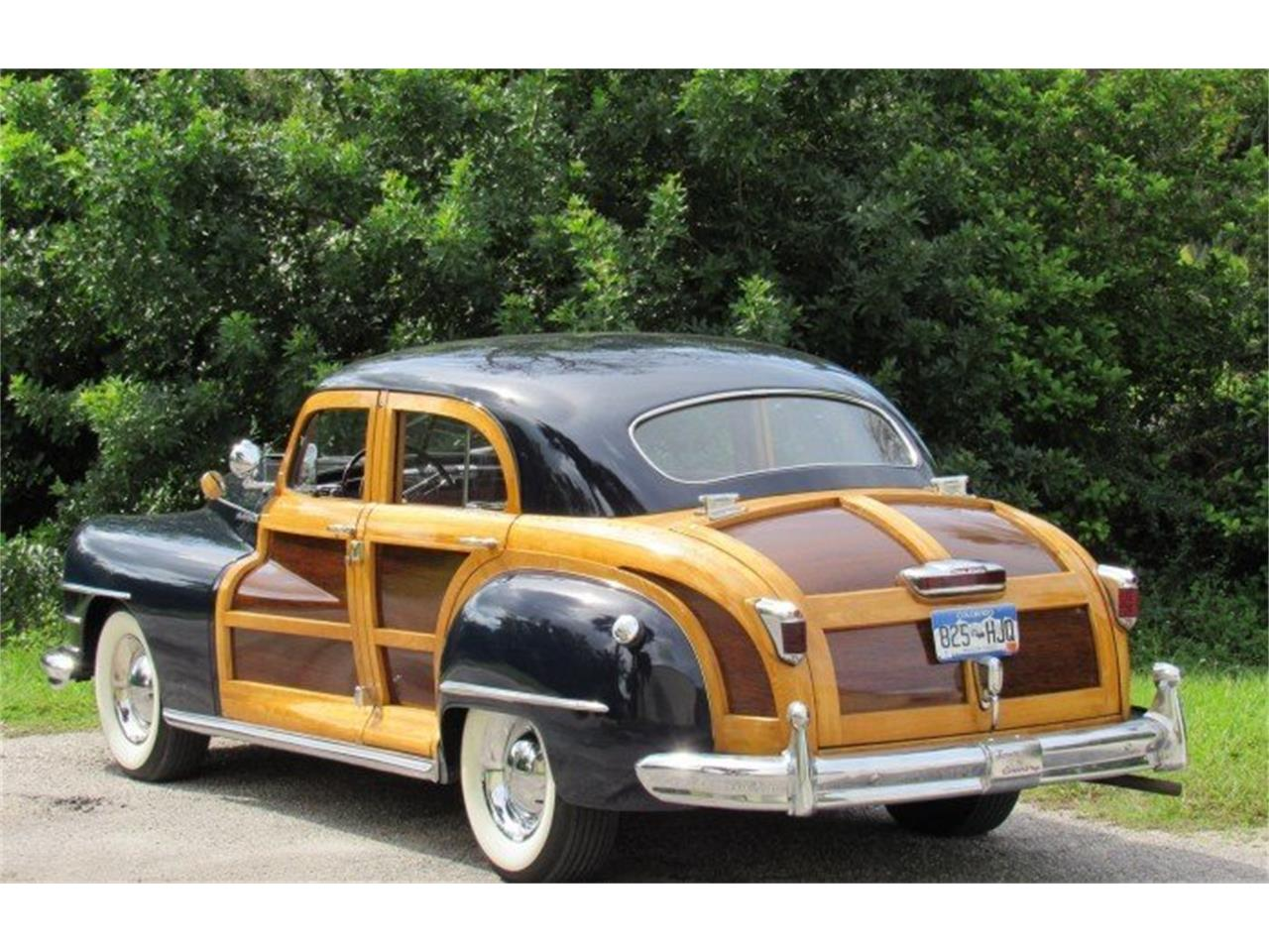 Large Picture of 1948 Chrysler Town & Country - PH12