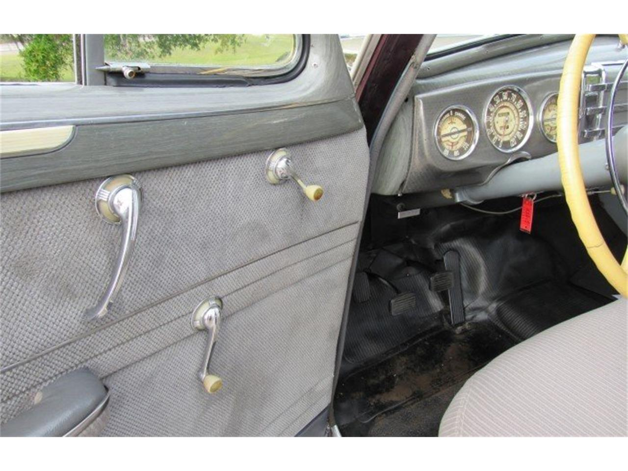 Large Picture of Classic 1942 Buick Century Auction Vehicle - PH14