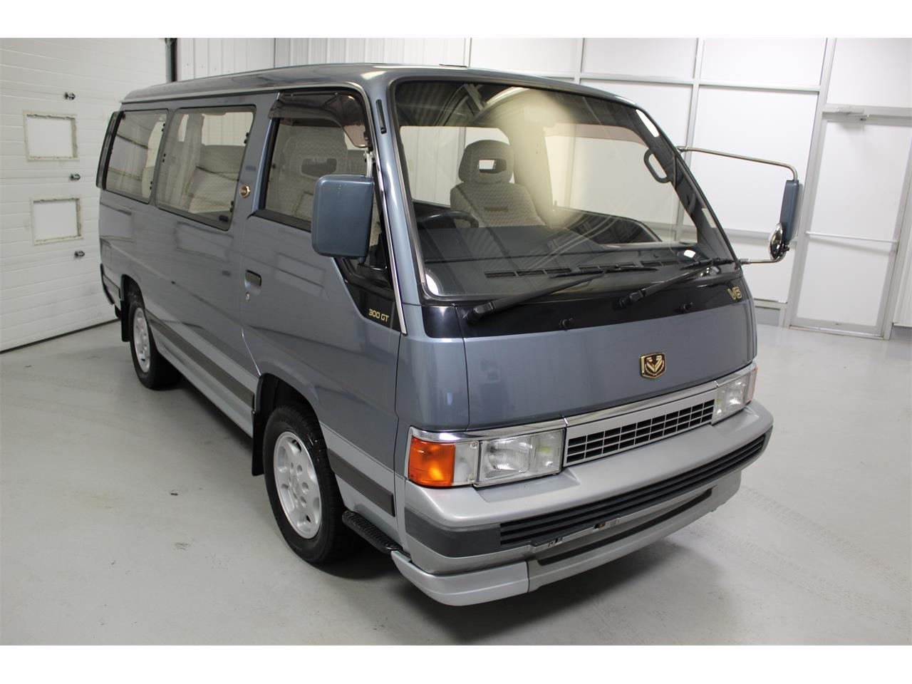 Large Picture of 1990 Nissan Caravan - PH22