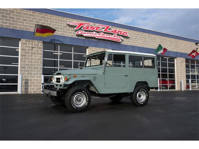Picture of Classic '72 Land Cruiser FJ located in Missouri - $46,995.00 Offered by  - PH2N