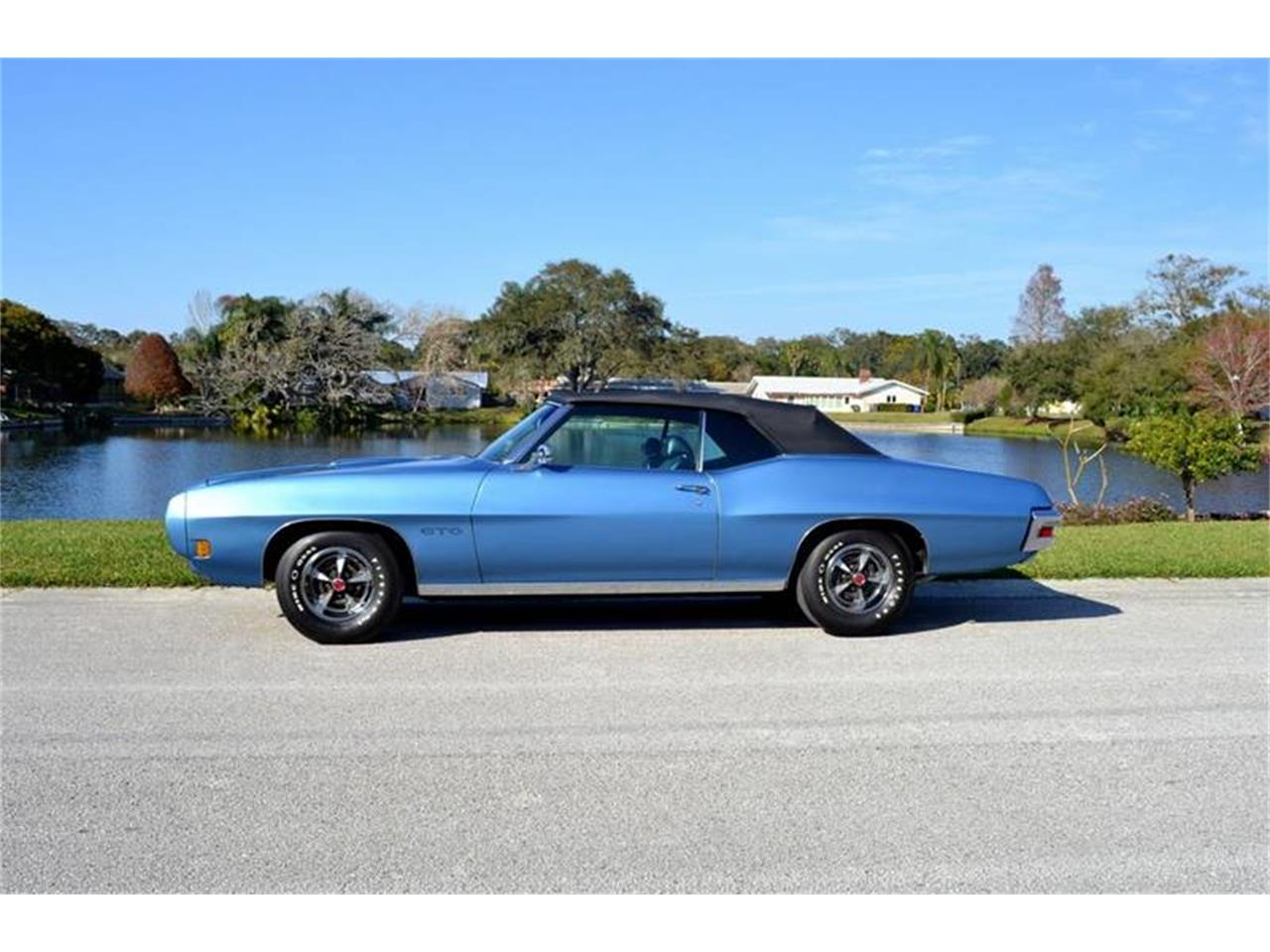 Large Picture of '70 Pontiac GTO located in Florida - PH2Q