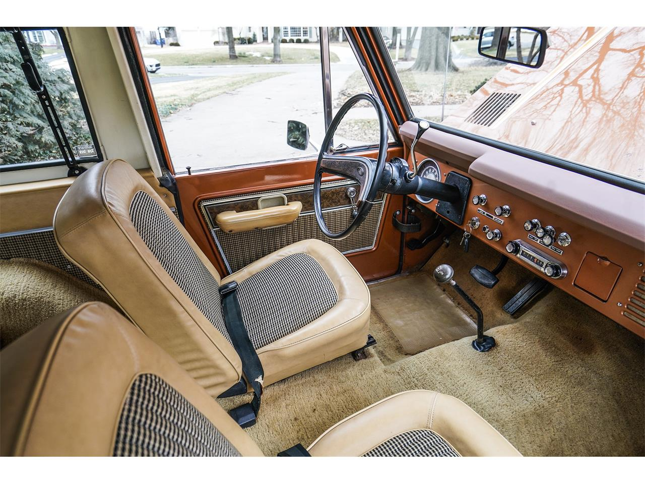 Large Picture of '77 Ford Bronco Offered by Vernon Estes Classics - PH45