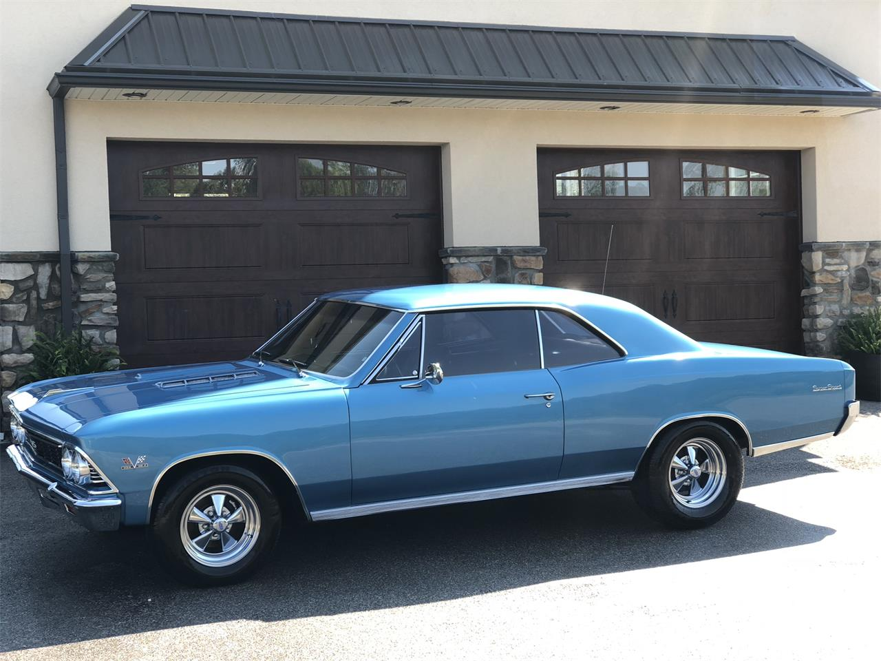 Large Picture of '66 Chevelle - PH4U