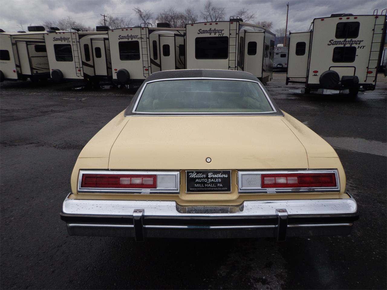 Large Picture of '77 Malibu Classic - PH57