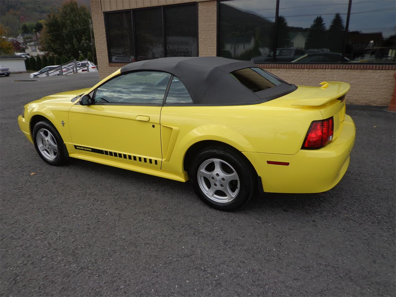 Large Picture of '02 Mustang - PH5O