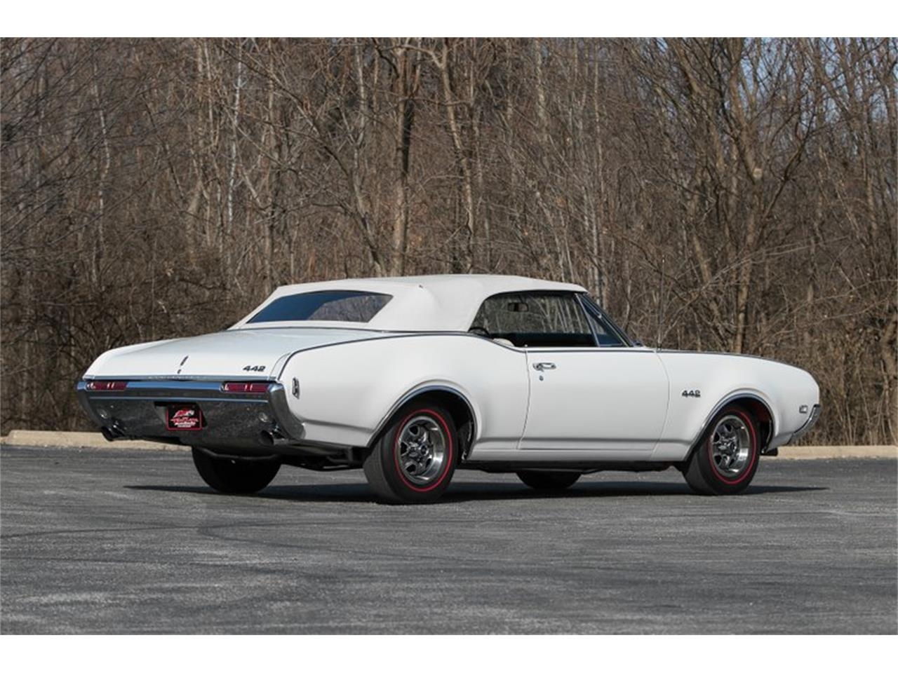 Large Picture of 1968 Oldsmobile 442 located in St. Charles Missouri - $74,995.00 Offered by Fast Lane Classic Cars Inc. - PH8S