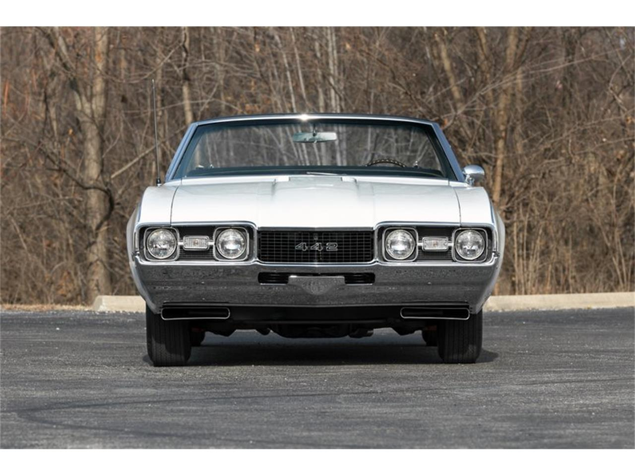 Large Picture of Classic 1968 Oldsmobile 442 located in St. Charles Missouri - $74,995.00 - PH8S