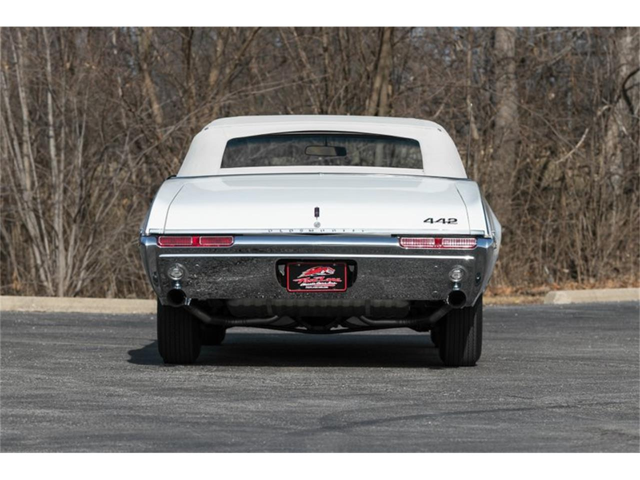 Large Picture of Classic 1968 442 located in Missouri - PH8S