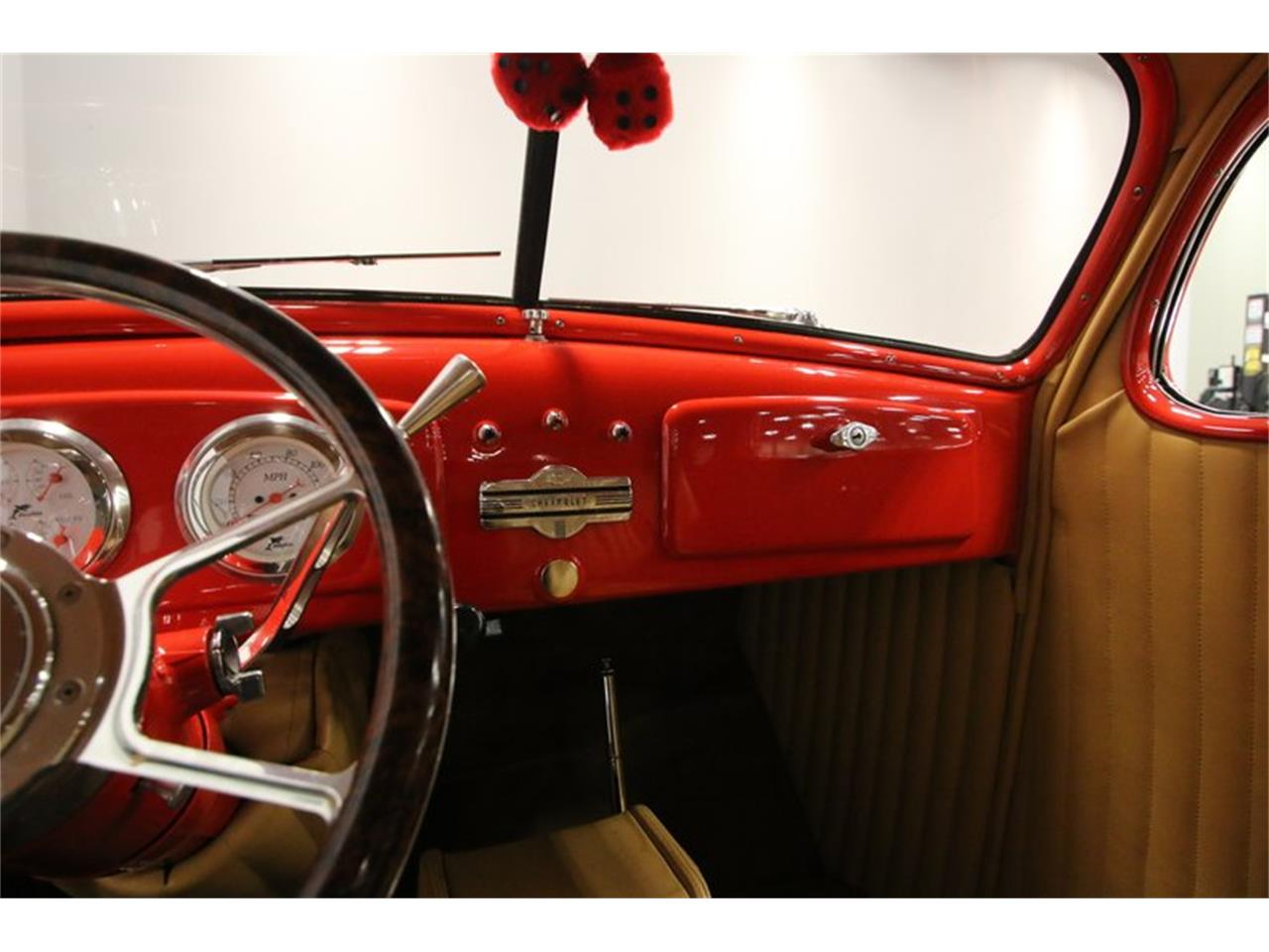Large Picture of Classic 1936 Automobile - PHE7