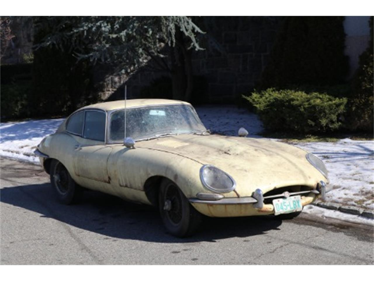 Large Picture of '67 XKE - PHLT
