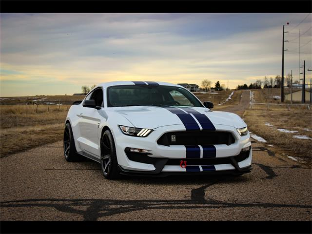 Picture of '16 Ford Mustang Offered by  - PHS8