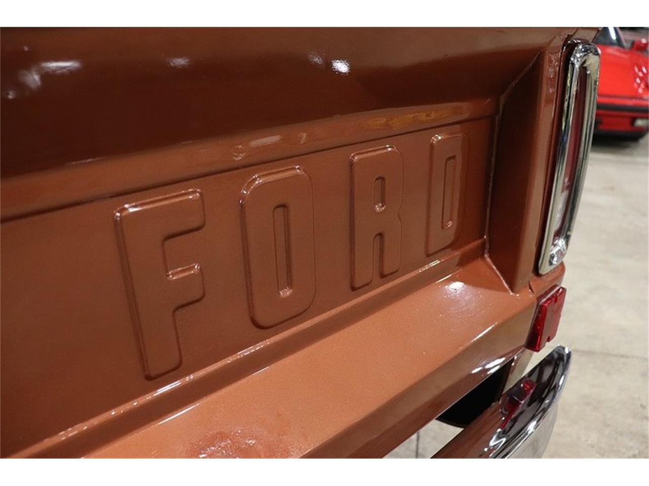 Large Picture of 1977 Ford Bronco located in Kentwood Michigan - $34,900.00 - PHUG