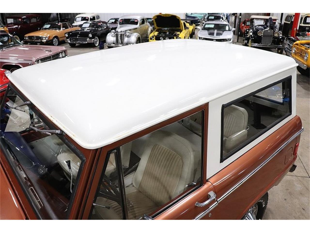 Large Picture of '77 Bronco - $34,900.00 Offered by GR Auto Gallery - PHUG