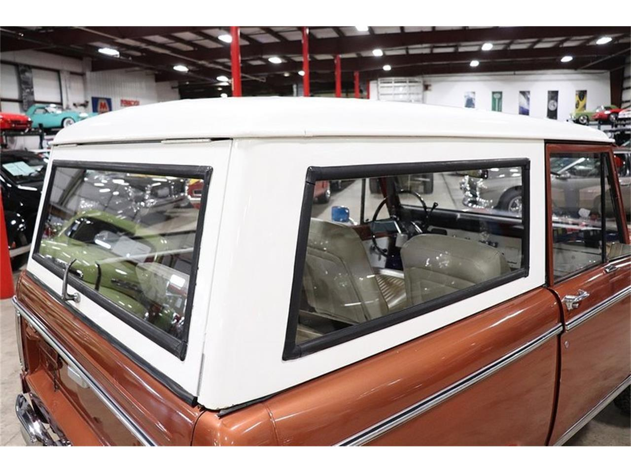 Large Picture of '77 Ford Bronco located in Michigan - $34,900.00 Offered by GR Auto Gallery - PHUG