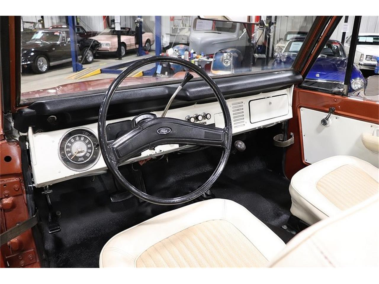 Large Picture of 1977 Ford Bronco Offered by GR Auto Gallery - PHUG