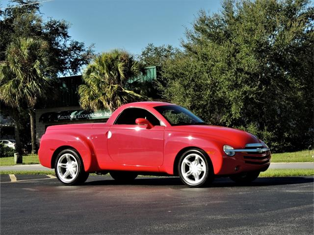 Picture of 2005 Chevrolet SSR located in Florida - PI1K