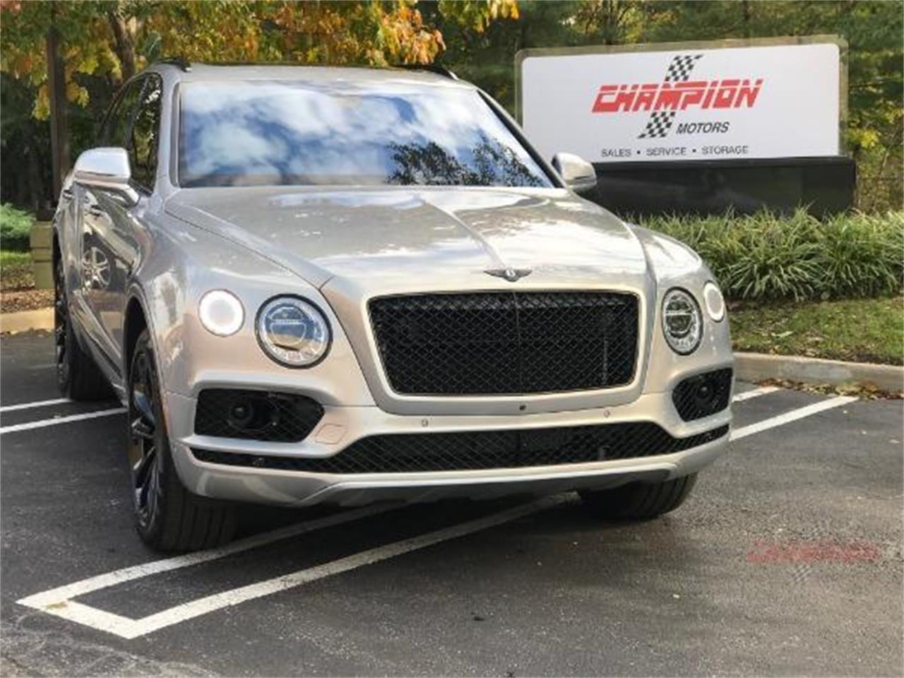 For Sale: 2017 Bentley Bentayga in Syosset, New York