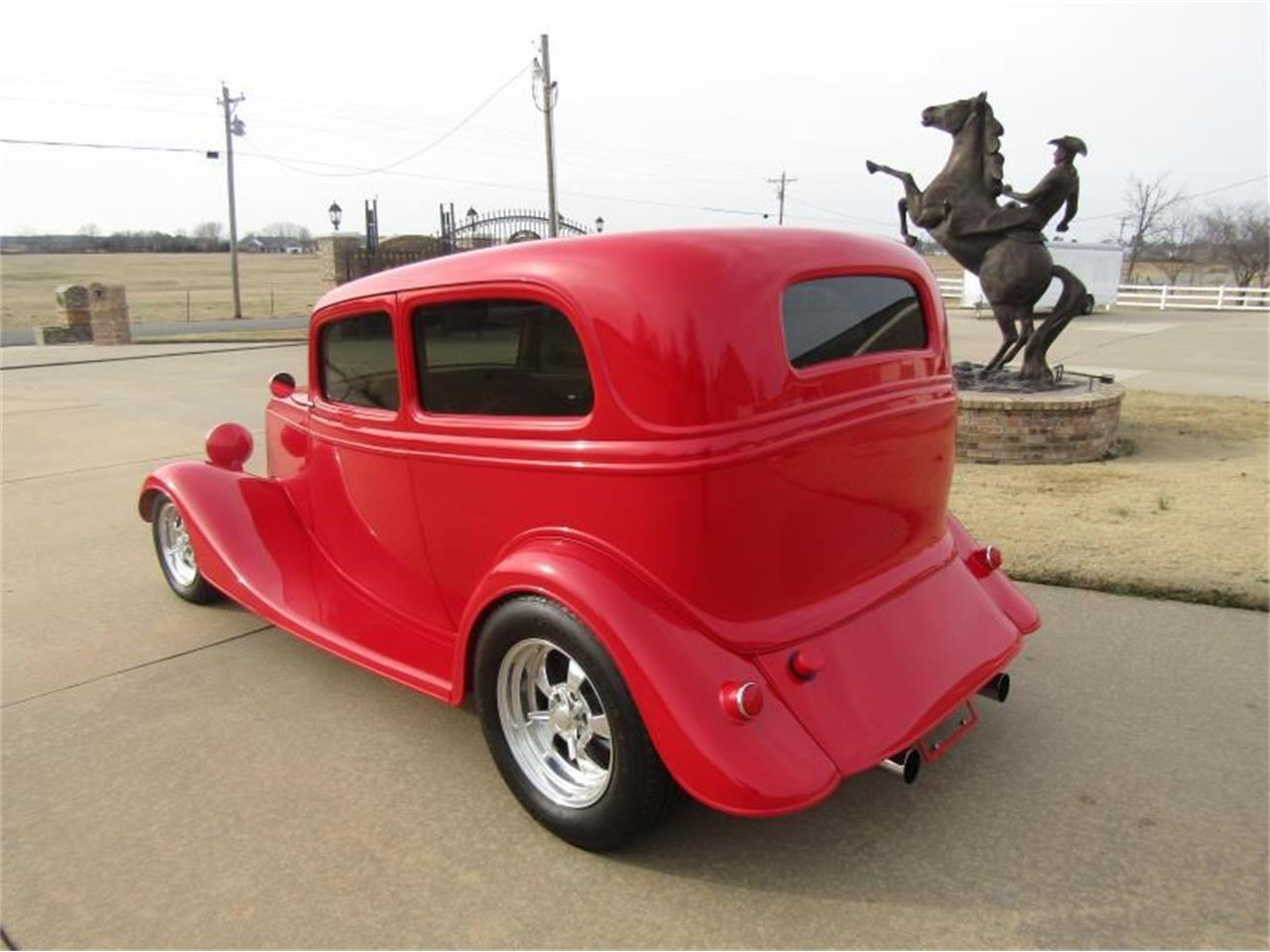 Large Picture of '33 Sedan - PJ53