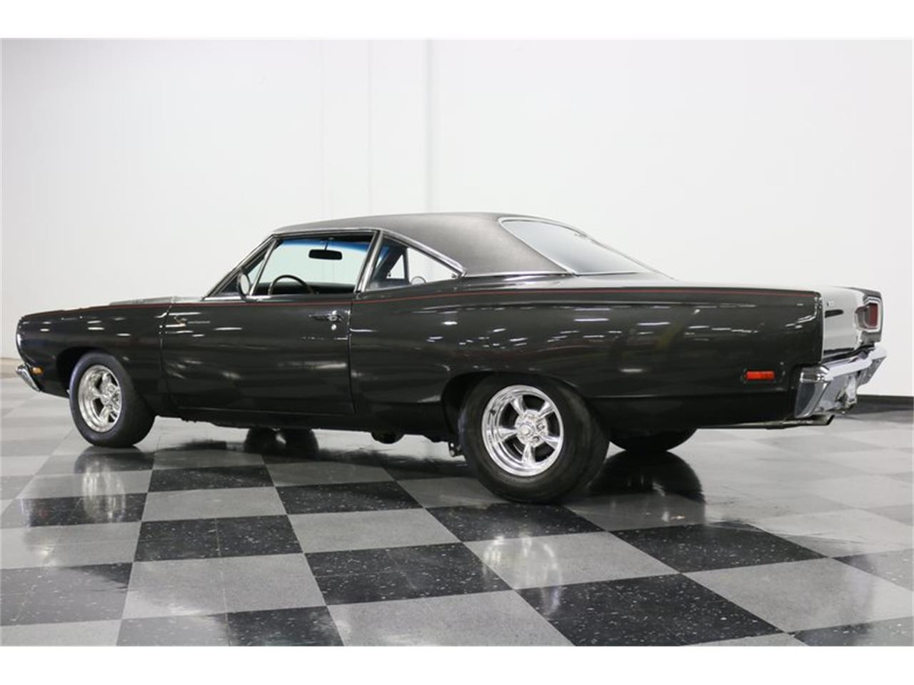 Large Picture of '69 Plymouth Road Runner - PJ6W