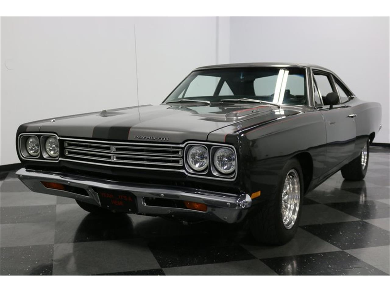 Large Picture of Classic 1969 Road Runner located in Ft Worth Texas Offered by Streetside Classics - Dallas / Fort Worth - PJ6W