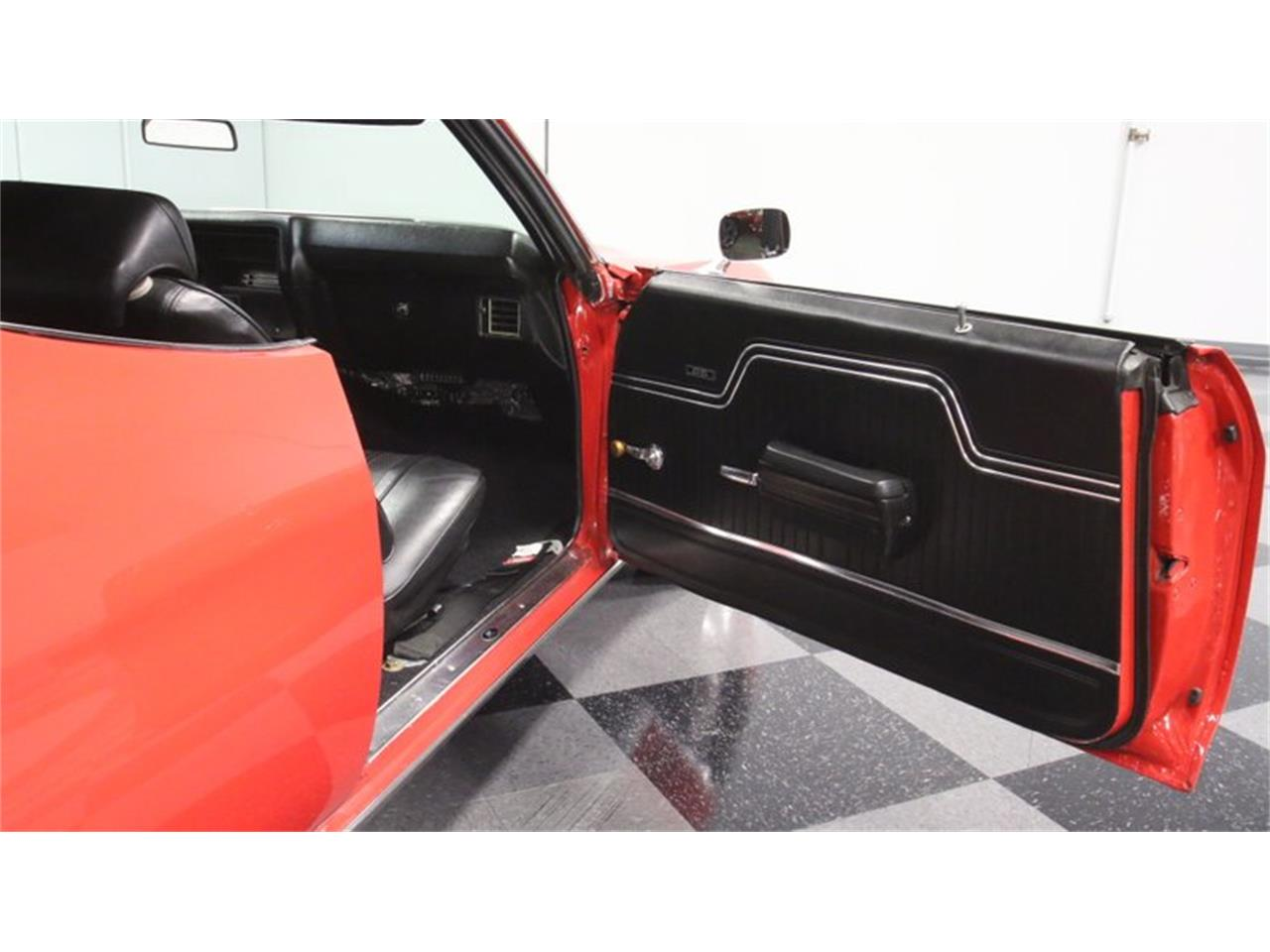 Large Picture of Classic 1970 Chevelle located in Lithia Springs Georgia Offered by Streetside Classics - Atlanta - PIB4