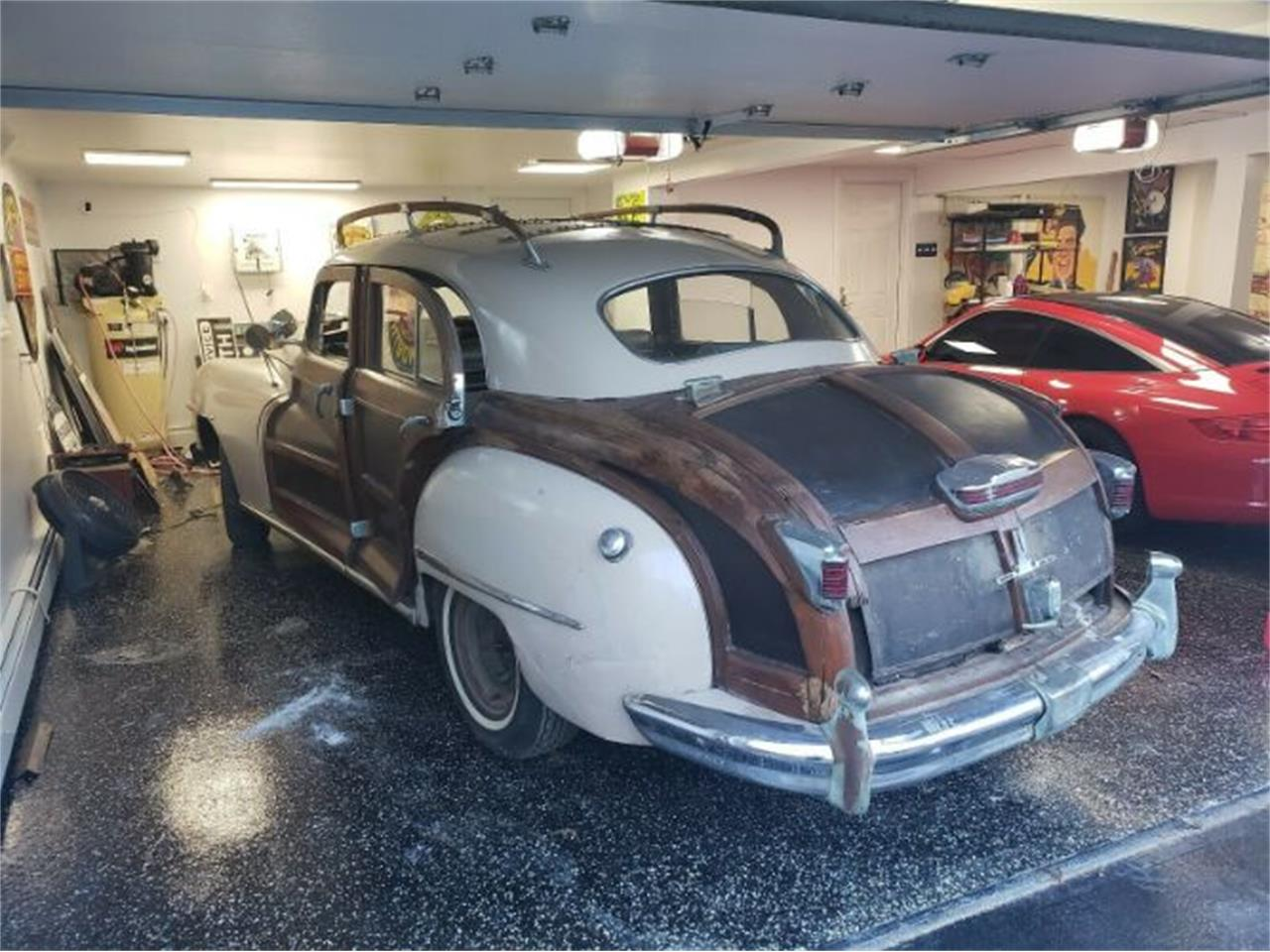 Large Picture of '47 Town & Country located in Cadillac Michigan Offered by Classic Car Deals - PJJB