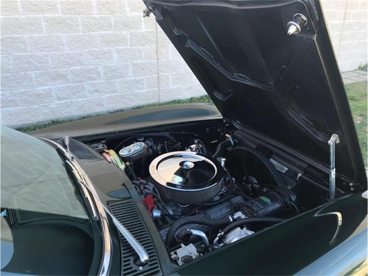Large Picture of '67 Corvette - PJMF