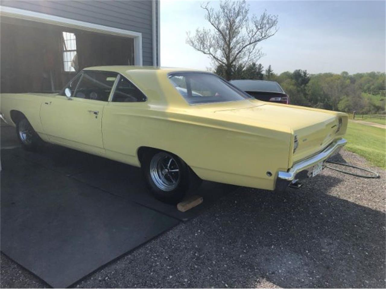 Large Picture of '68 Road Runner - PJMV