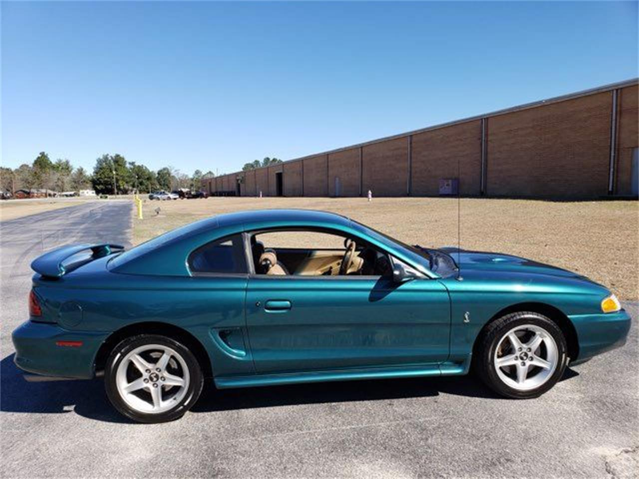 Large Picture of '97 Mustang located in Hope Mills North Carolina - PJNP