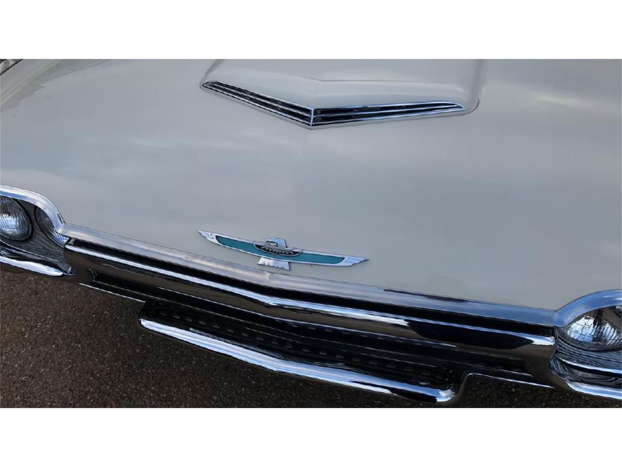 Large Picture of Classic 1962 Ford Thunderbird - PJWV