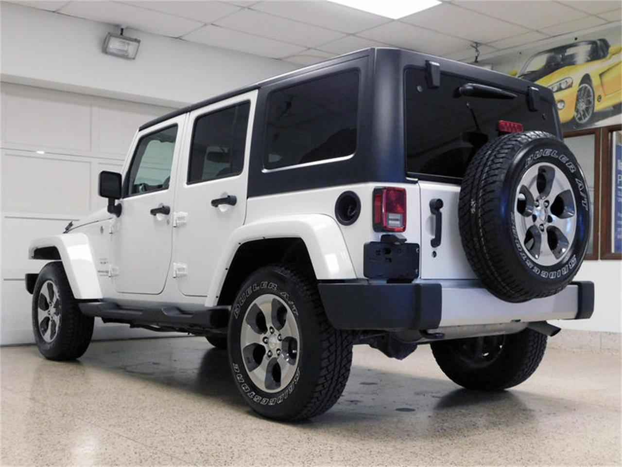 Large Picture of '18 Wrangler - PK62