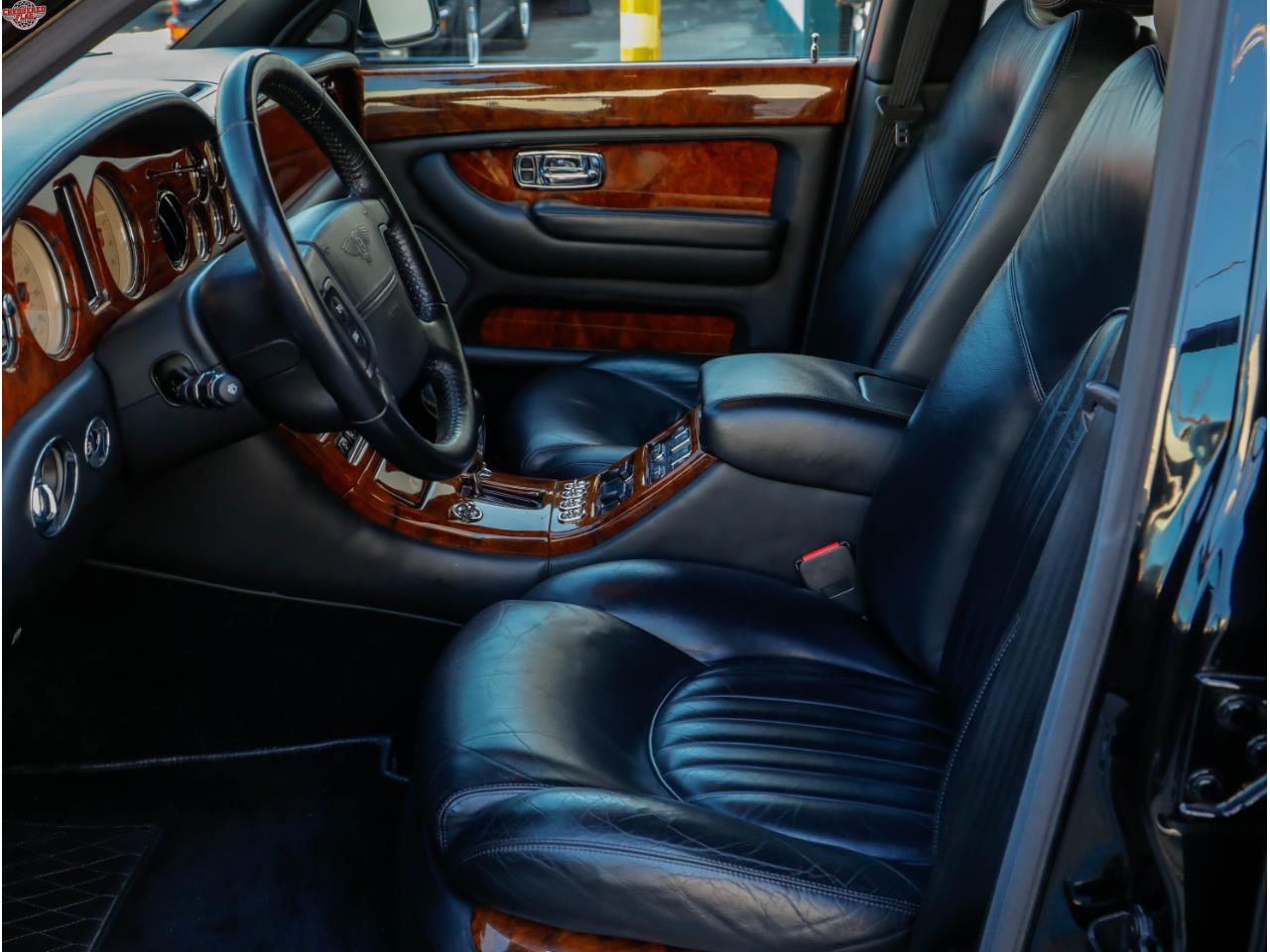 Large Picture of '00 Arnage - PK7G