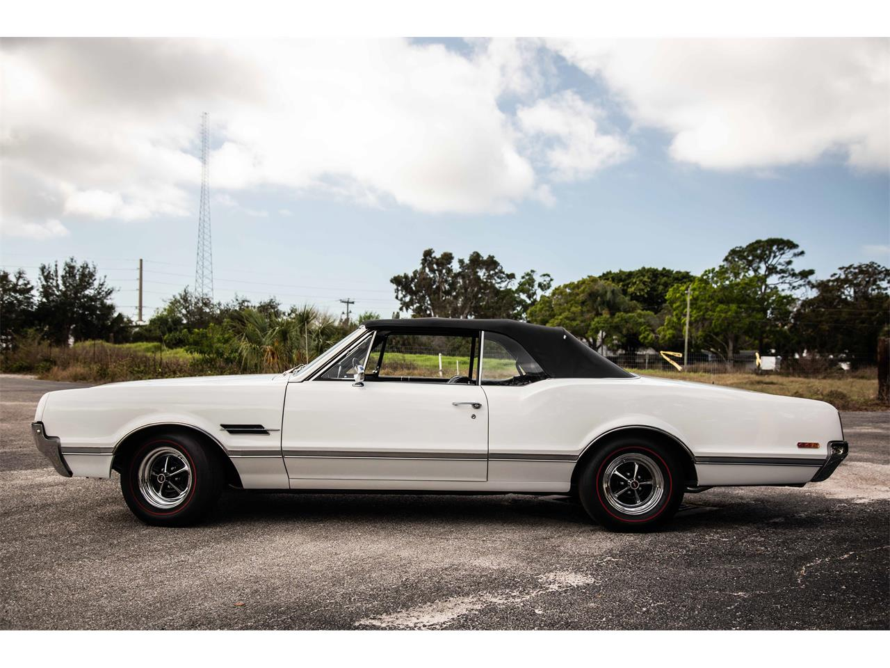 Large Picture of Classic '66 Oldsmobile 442 located in Sarasota Florida - $59,900.00 - PIES