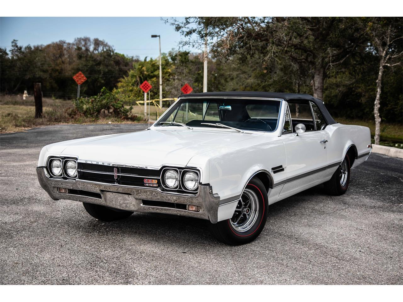 Large Picture of Classic '66 442 located in Sarasota Florida - $59,900.00 Offered by Exquisite Auto - PIES