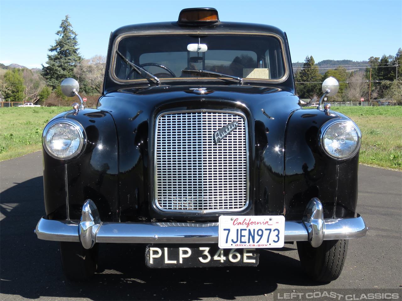 Large Picture of 1967 Austin FX4 Taxi Cab located in SONOMA California - PKBX