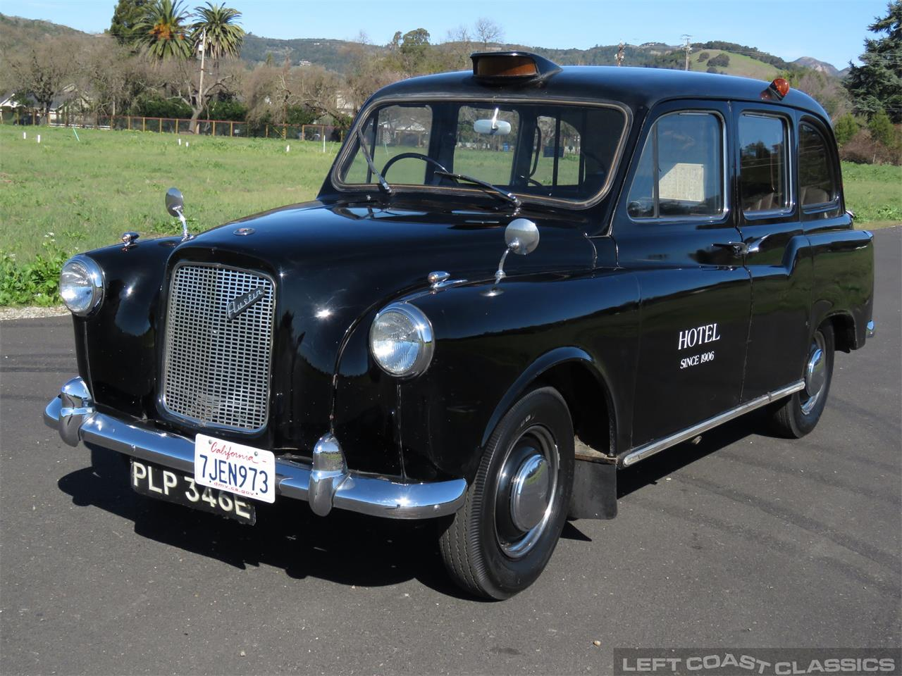 Large Picture of Classic 1967 FX4 Taxi Cab Offered by Left Coast Classics - PKBX