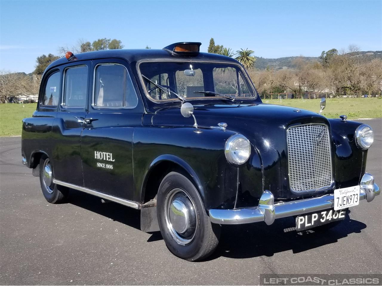 Large Picture of Classic '67 Austin FX4 Taxi Cab located in SONOMA California - PKBX