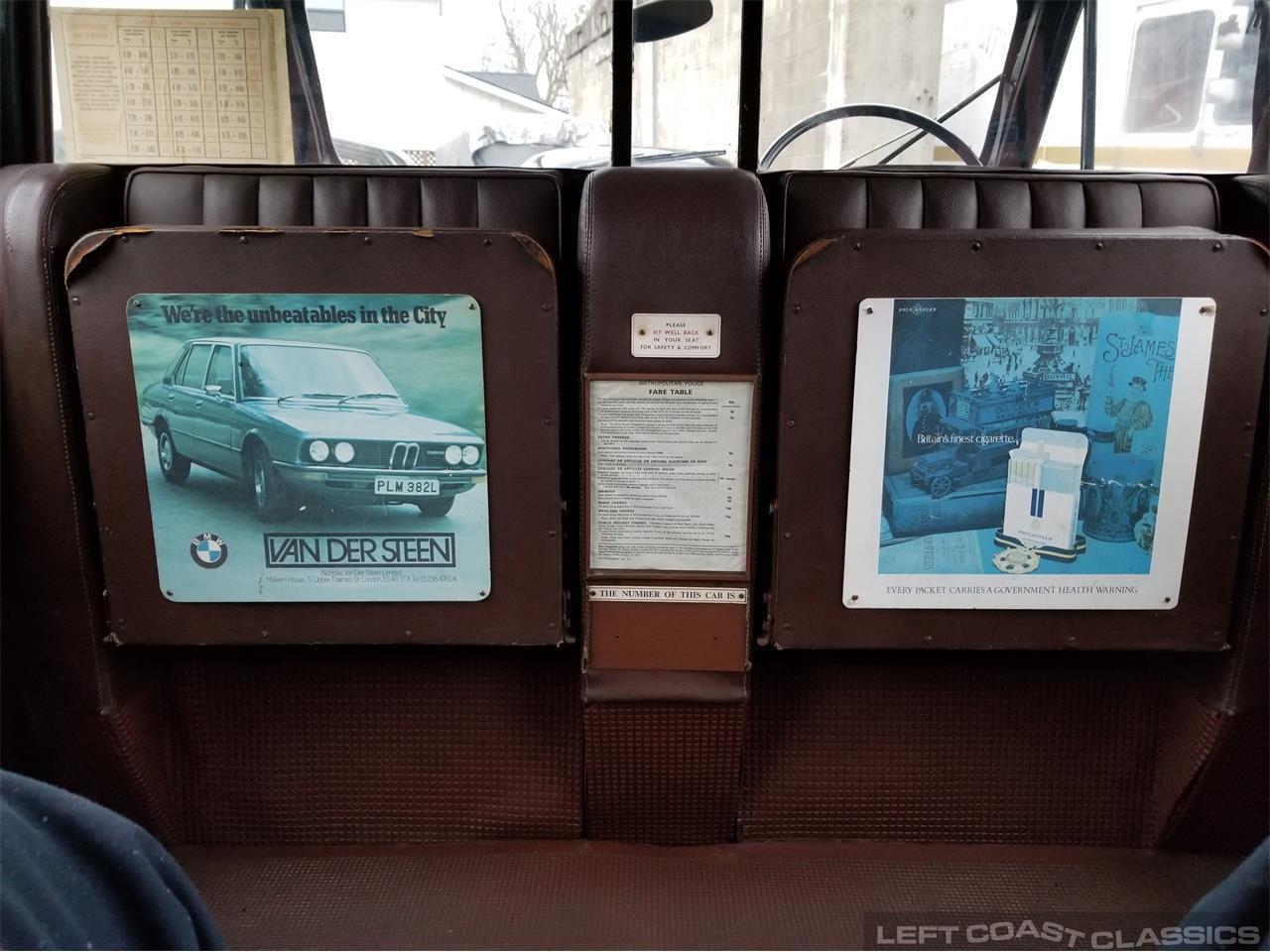 Large Picture of Classic 1967 Austin FX4 Taxi Cab - PKBX