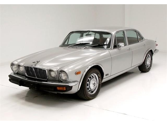 Picture of 1976 XJ6L located in Pennsylvania - $8,900.00 - PIF7