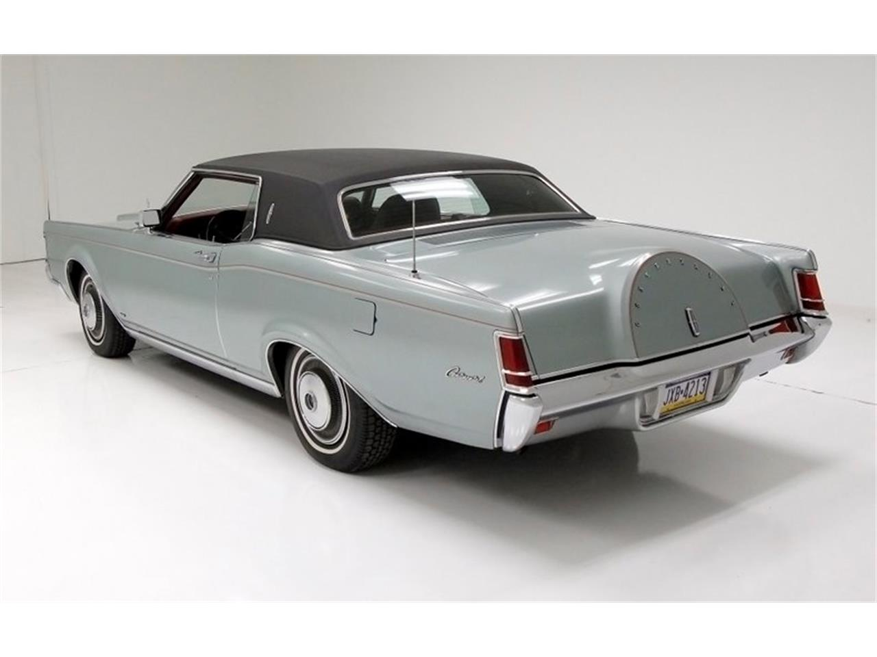 Large Picture of '71 Continental Mark III - PIFB
