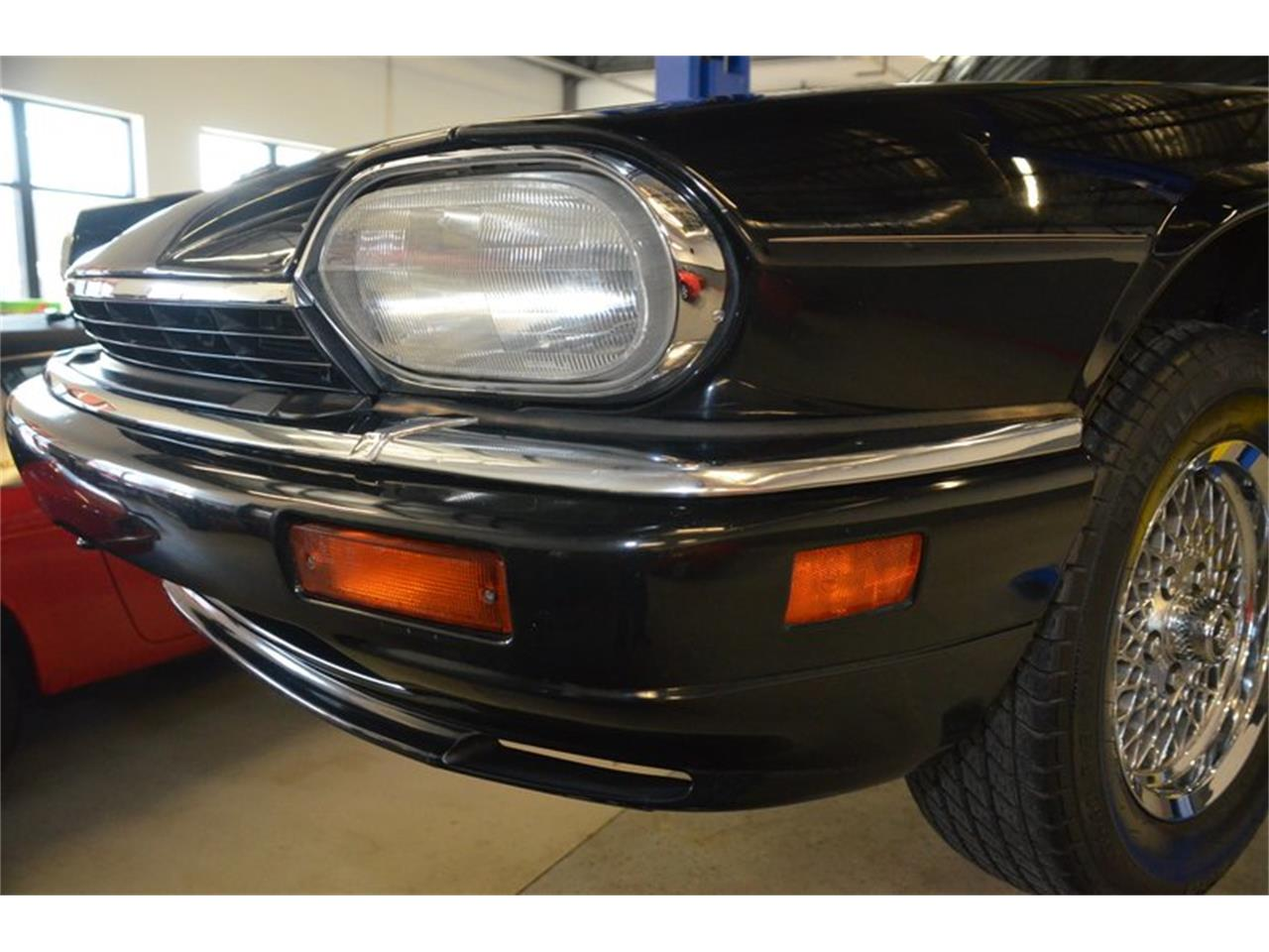 Large Picture of '94 Jaguar XJS Offered by Frazier Motor Car Company - PKGA