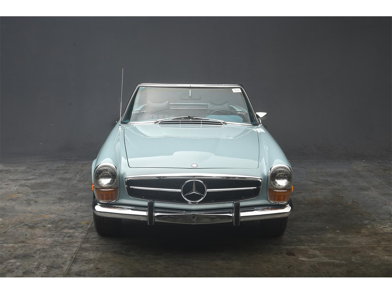 Large Picture of '70 Mercedes-Benz 280SL located in West Palm Beach Florida - $84,900.00 Offered by a Private Seller - PKH5