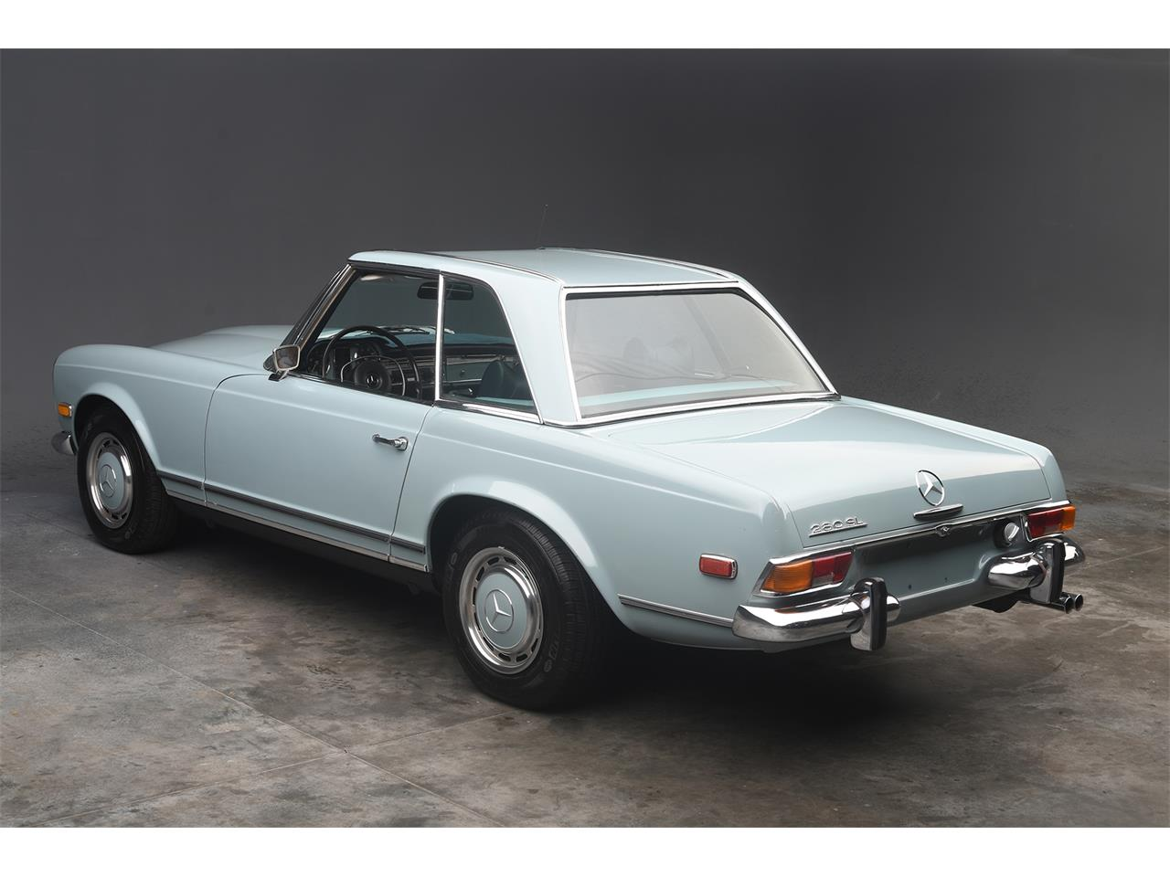 Large Picture of '70 Mercedes-Benz 280SL located in Florida - $84,900.00 - PKH5